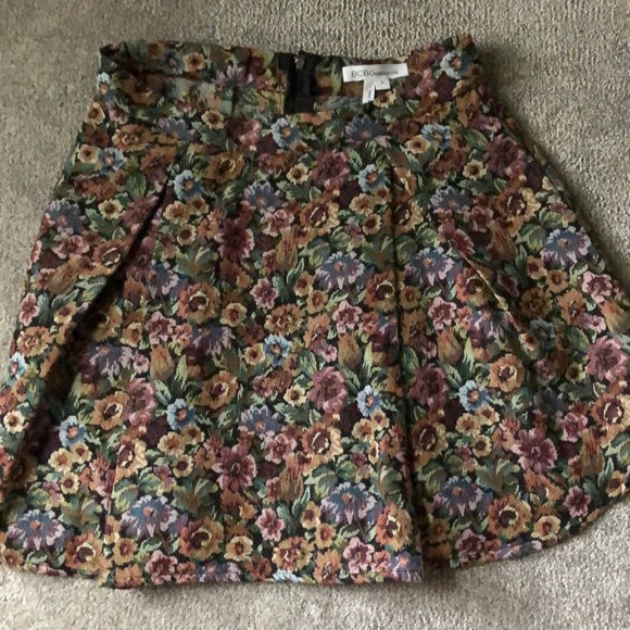 BCBGeneration Dresses & Skirts - Floral Skirt- Size Medium